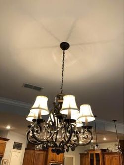 Chandelier! for Sale in Gilmer,  TX