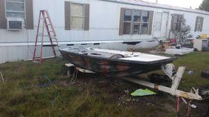 14 foot fiberglass boat. for Sale in Metter, GA