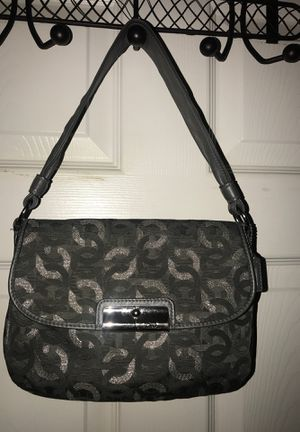 COACH SILVER GREY METALLIC FABRIC LEATHER SHOULDER BAG for Sale in Winter Springs, FL