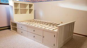 Twin Platform Storage Bed - White for Sale in Enumclaw, WA