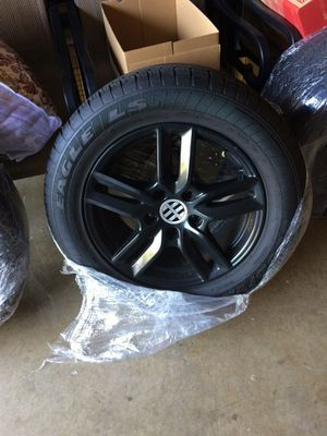 Porsche Cayenne 18in Rim and Tires for Sale in Clinton, MD