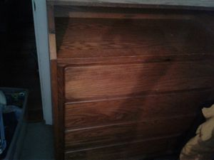 Dresser with optional changing table top for Sale in Kearneysville, WV