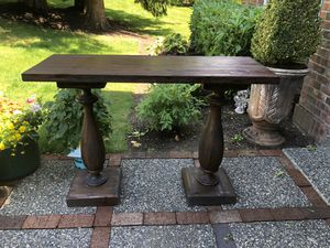 Beautiful Large Entryway Console Table for Sale in Edmonds, WA