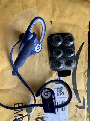 Powerbeats wireless 2 headphones for Sale in Fontana, CA