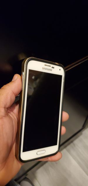 Samsung S5 unlocked for Sale in North Las Vegas, NV
