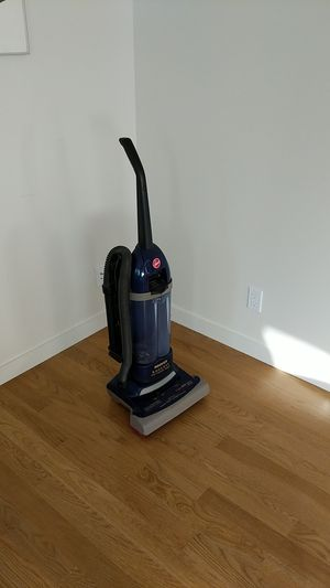 Hoover bagless vacuum cleaner for Sale in Palo Alto, CA