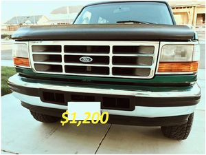 🎁$12OO 🔥Non Smoker🔥 1996 Ford Bronco🎁 for Sale in Tallahassee, FL