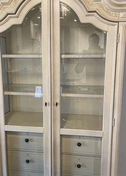 Antique White China Cabinet for Sale in Cranford,  NJ