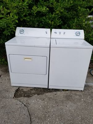 Whirlpool washer and dryer set for Sale in Haines City, FL