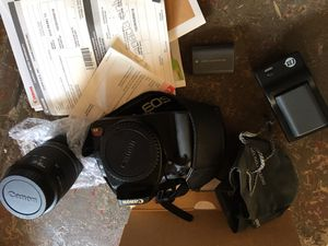 Canon Rebel EOS XTi w/lenses, extra batteries, chargers for Sale in Marina del Rey, CA