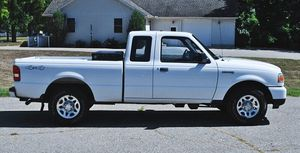Brand New Wheels2011 Ford Ranger XLT 4WD for Sale in Sacramento, CA