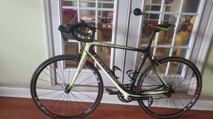 Full carbon bike Cannondale synapse for Sale in Miami Gardens, FL