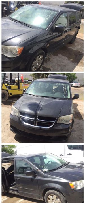 For parts 2013 dodge caravan parting out oem part partes engine 3.6 transmission hood fender headlight seat for Sale in Opa-locka, FL