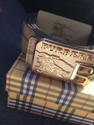 BURBERRY BELT for Sale in Laurel, MD