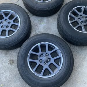 """4 New Jeep Gladiator 18"""" Wheels And Bridgestone Dueler H/T 255/70R18 Tires for Sale in Tustin, CA"""