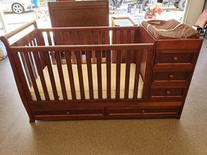 Baby Crib with Beautyrest Mattress Built In Changing Station w/ Pad Drawersand Bookshelf for Sale in Marietta, GA