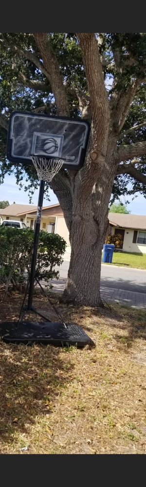 Basket ball hoop for Sale in Bradenton, FL