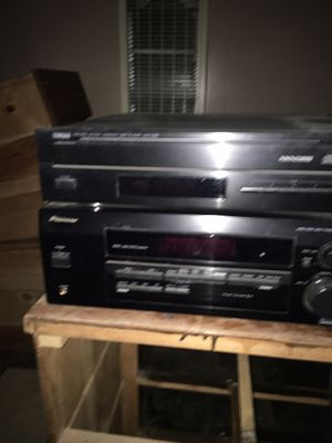 Receiver, 5 disc cd changer & 4 speakers for Sale in Turlock, CA