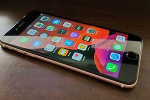 iPhone 6s Plus 64GB ATT for Sale in Wyandotte, MI