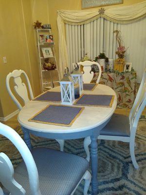 Shabby chic kitchen table very elegant for Sale in Sanford, FL