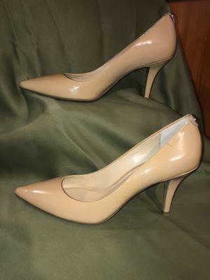 Michael Kors mid-heel pump size 11 for Sale in North Ridgeville, OH