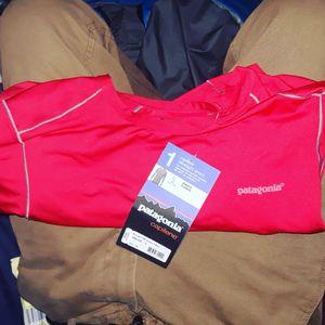 2 Patagonia brand new for Sale in Philadelphia, PA
