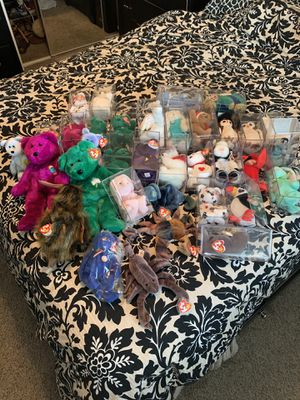 Ty beanie baby set for Sale in Fresno, CA
