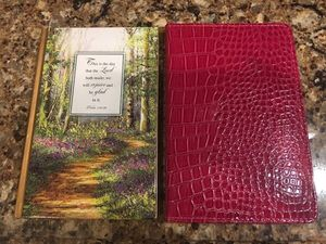 2 New Journals- 1 has different scriptures on each page for Sale in Smyrna, TN