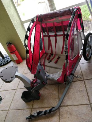 Child Bicycle tow & rear seat. for Sale in Miami, FL