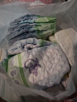 50 Size 2 Diapers for Sale in Kingsburg, CA