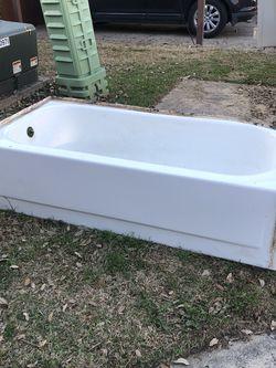 Bathtub for Sale in Arlington,  TX