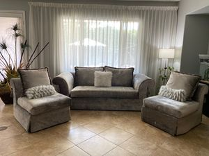 Modern mid-century couches for Sale in La Quinta, CA