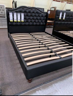 BRAND NEW BED FRAME QUEEN COMES IN BOX $199 WITH MATTRESS INCLUDED $320🔊🔊🔊🔊🔊🔊AVAILABLE FOR SAME DAY DELIVERY OR PICK UP for Sale in Compton, CA