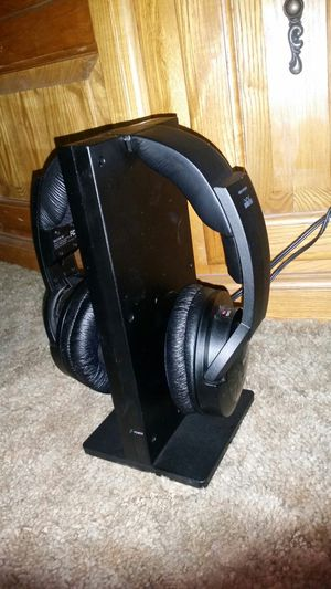 Sony wireless TV headphones for Sale in Selma, CA