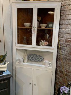 Refinished White Farmhouse Corner Hutch for Sale in Bonney Lake,  WA