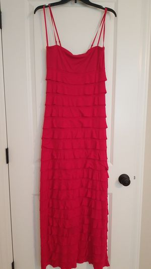 Ruffle hot pink dress for Sale in Winterville, NC