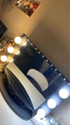 Vanity mirror for Sale in Lancaster, PA