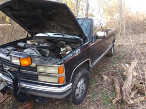 Chevy 1500 4x4 for Sale in Greenmount, MD