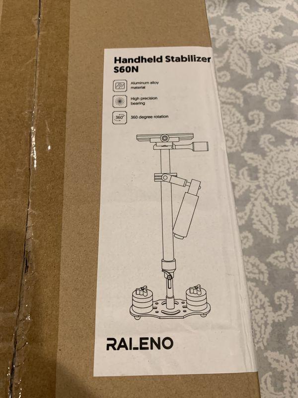 Handheld stabilizer for camera
