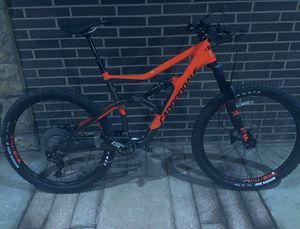 LIKE NEW CONDITION! - carbon fiber mountain bike , large size for Sale in Columbus, OH
