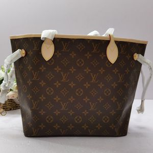 Louis Vuitton Neverfull Tote Bag for Sale in Smyrna, GA