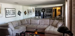 Cindy Crawford Sectional for Sale in Port Richey, FL