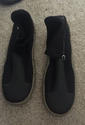 Deep see dive boots size 5 for Sale in Irvine, CA