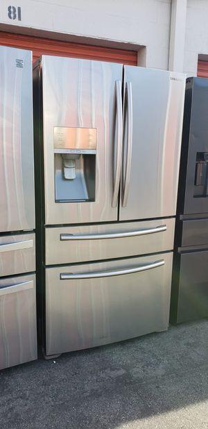 Refrigerador Samsung counter depth for Sale in Whittier, CA