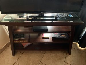Tv & Tv stand for Sale in Portland, OR
