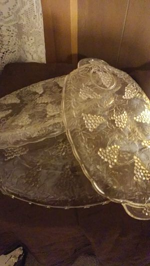 Set of 4 antique depression glass luncheon snack plates for Sale in Meggett, SC