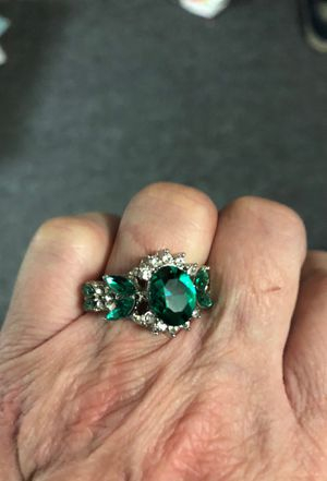 This is an emerald ring size 7 handmade for Sale in Sterling, KS