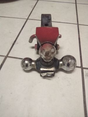 Tow hitch for Sale in Phoenix, AZ