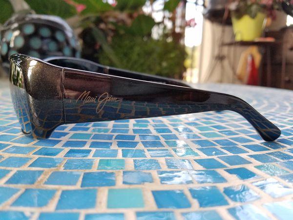 83b40780f31 BRAND NEW MAUI JIM THIRD BAY Polarized Sunglasses (268-02E) Blk Gold ...