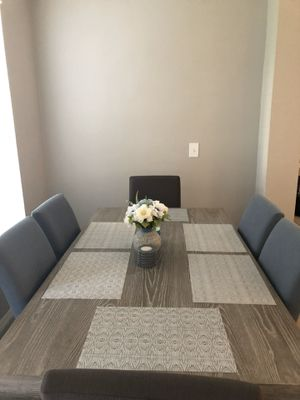 Cindy Crawford Dining Table - Gray for Sale in Orlando, FL